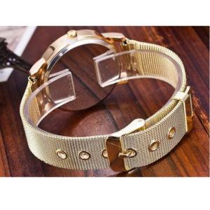 Дамски часовник с елегантен дизайн